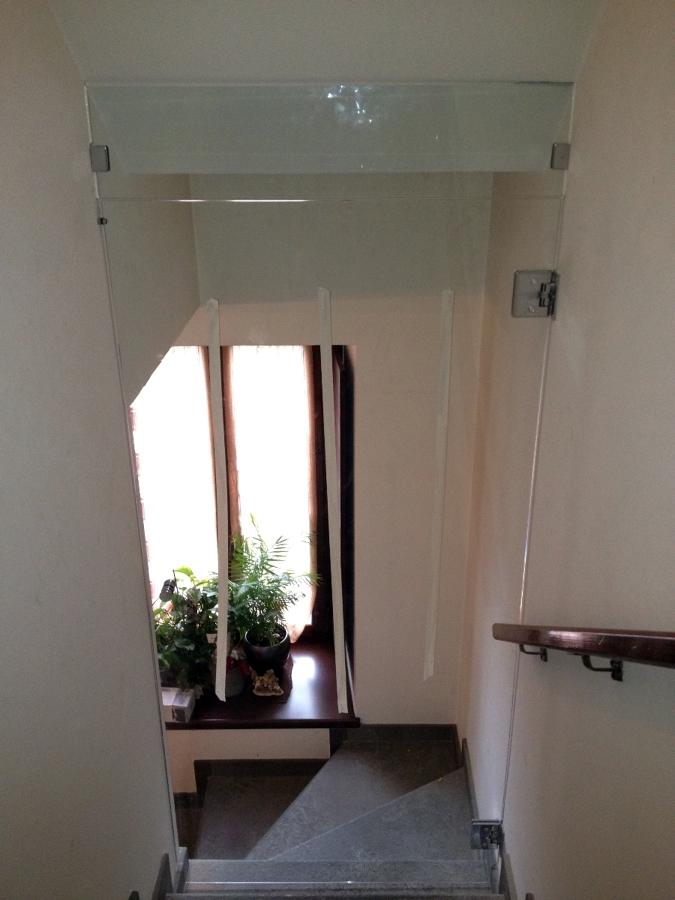 Foto porta in vetro trasparente sopraluce de 035 - Sopraluce porta ...