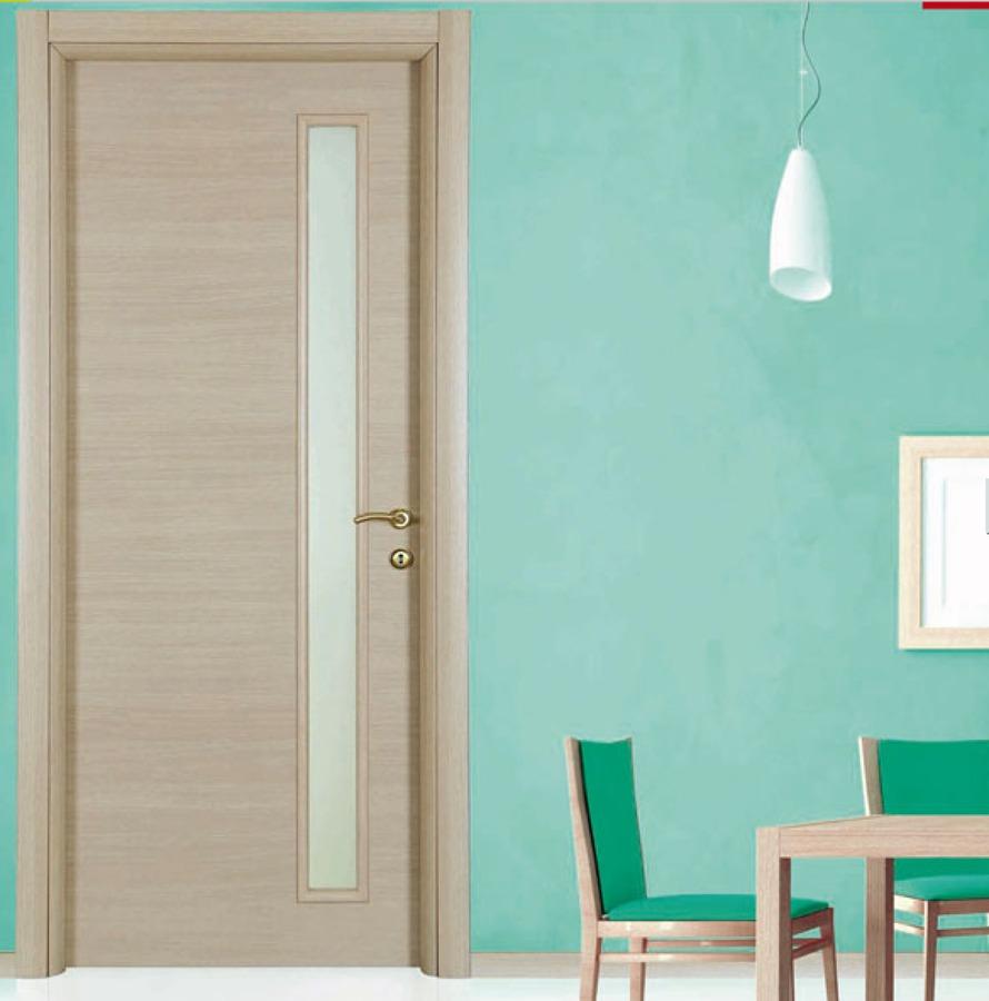 Foto porta interna vetro laterale colore rovere sbiancato for Porta interna bianca con vetro
