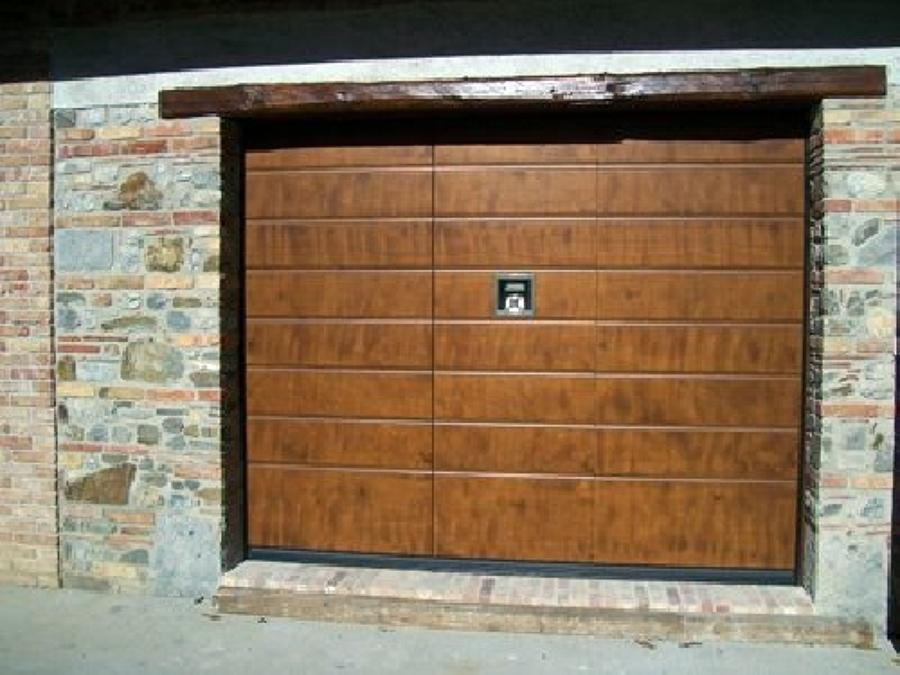 Foto porta per garage di percasa sas 103078 habitissimo for Progetta i tuoi piani di garage gratis
