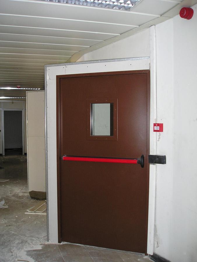 Foto porta tagliafuoco rei di play log 258956 habitissimo for Porta rei