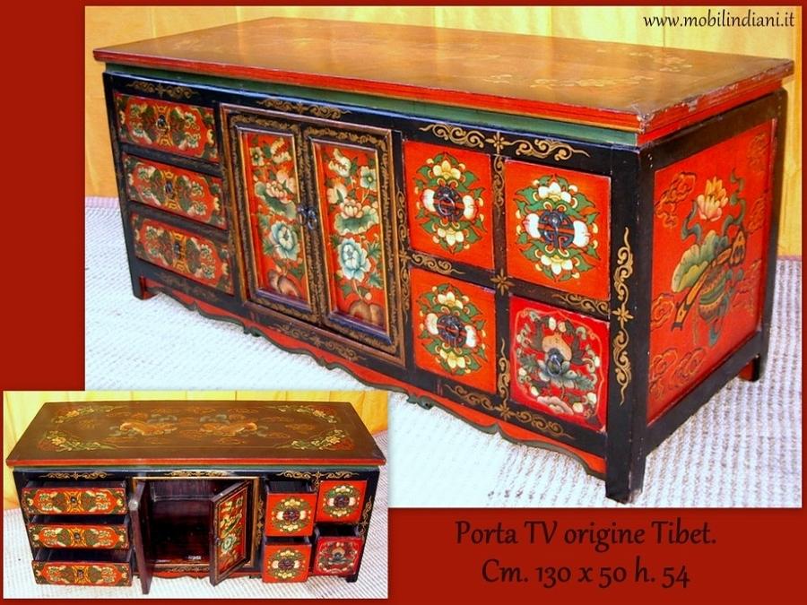 Foto porta tv tibetano rosso di mobili etnici 101239 habitissimo - Mobili etnici prato ...