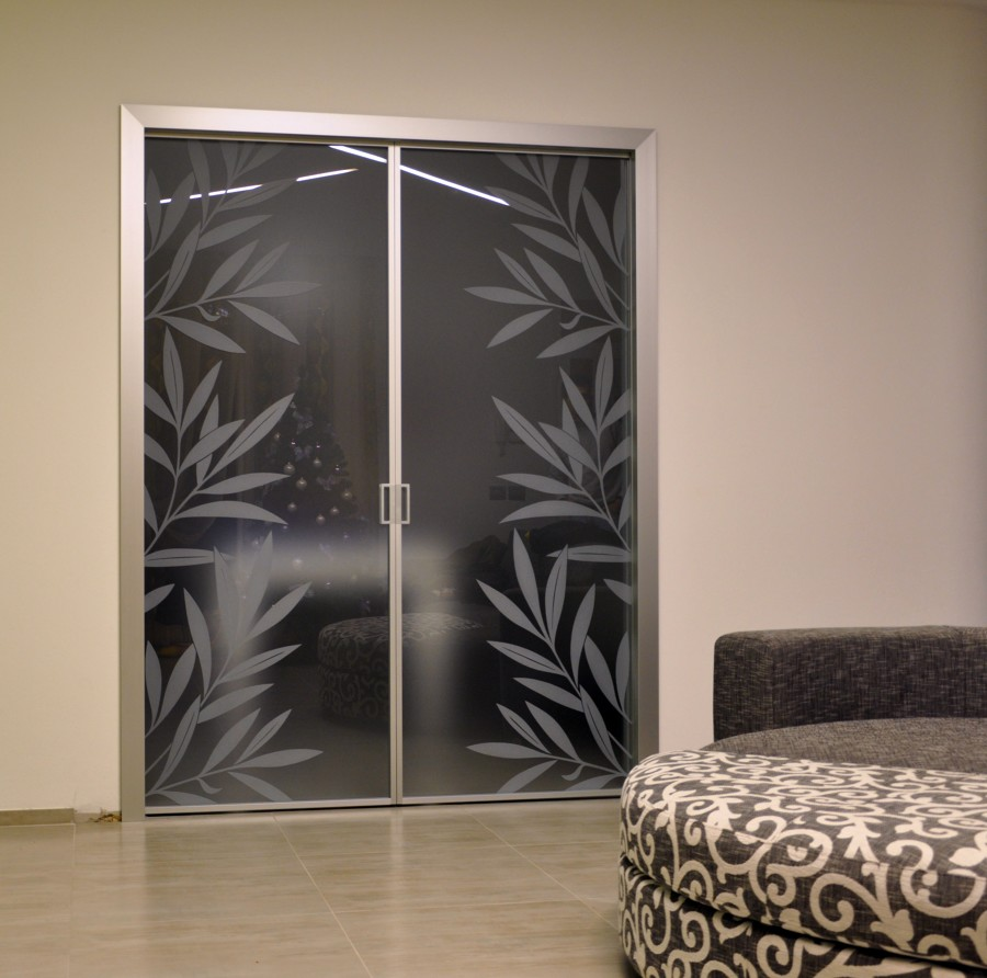 Foto porte vetro scorrevoli de mazzoli porte vetro 60960 for Kenzia esterno