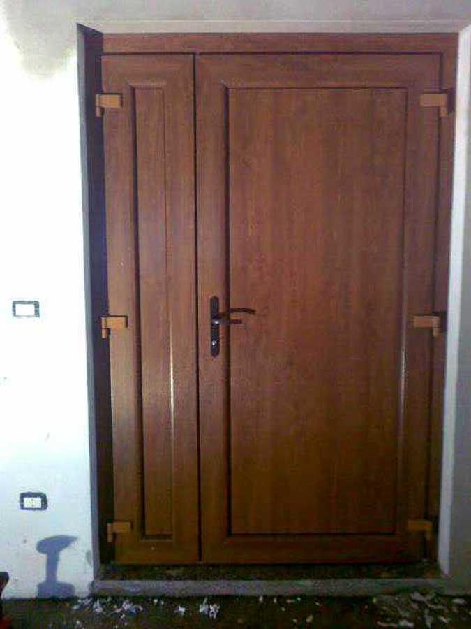 Foto portoncino d 39 ingresso pvc cieco de isol ser s r l for Portoncino ingresso prezzi