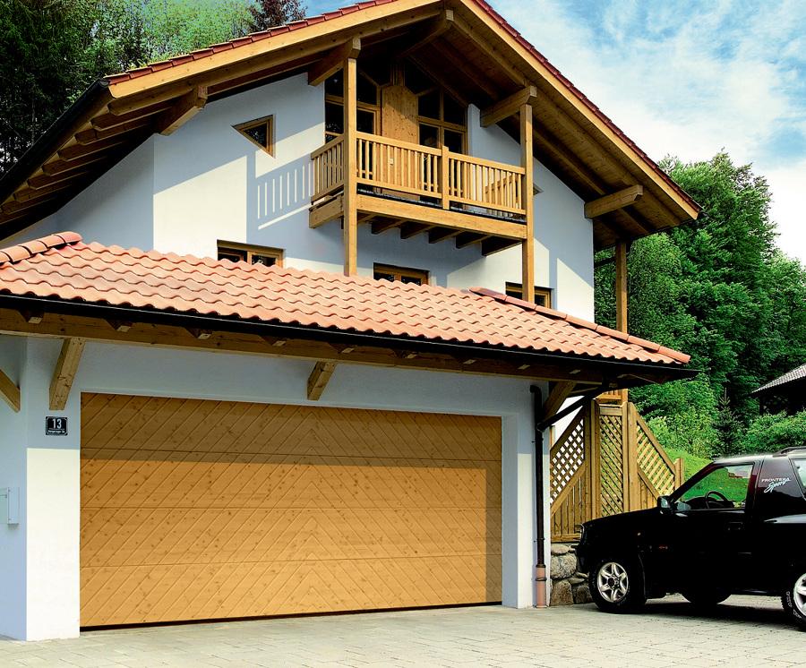 Foto portone sezionale da garage lpu di h rmann italia for Costruisci i tuoi piani di garage gratis