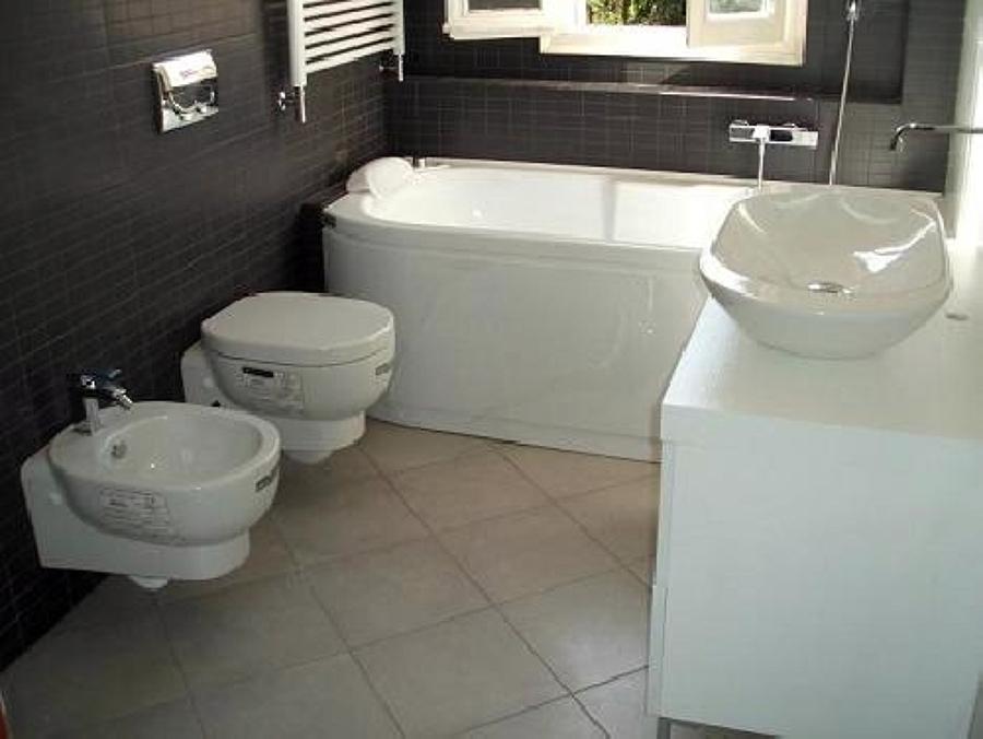 Posa e sostituzione sanitari bagno