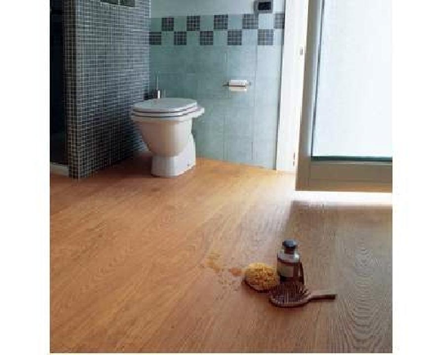 Foto posa parquet in bagno di impresa r a c m 49197 - Parquet in bagno ...