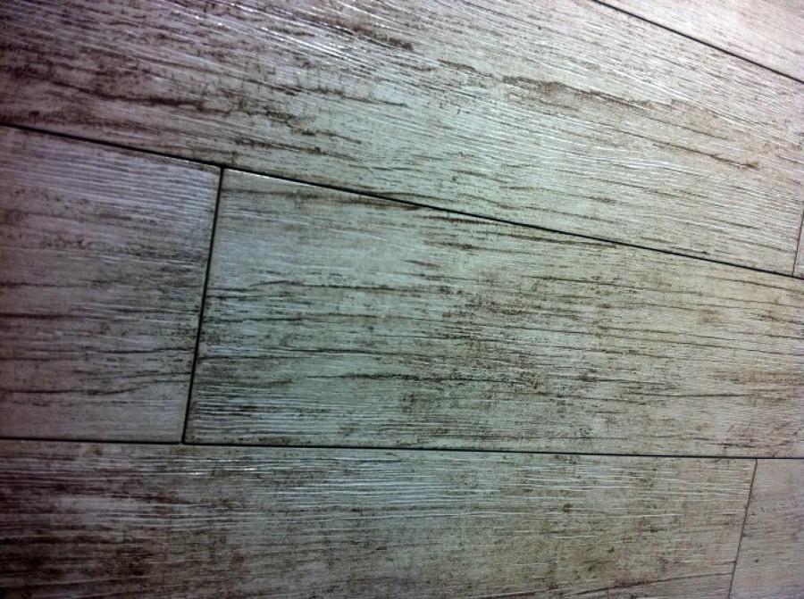 Foto posa piastrelle tipo parquet de orlando costruzioni - Posa piastrelle 120x60 ...