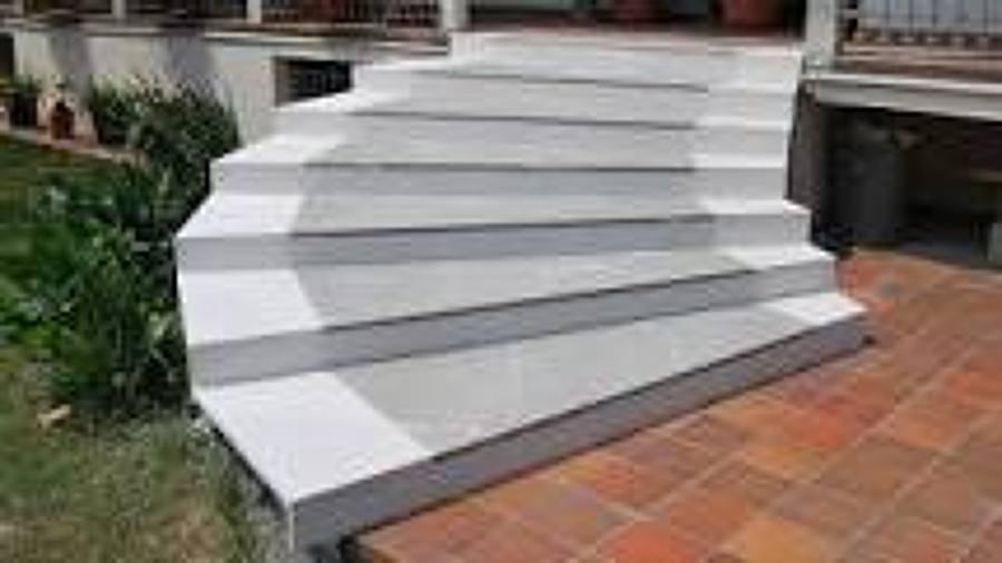 Foto posa sassi o marmi scala esterna di diana domenico - Scale per esterno in muratura ...
