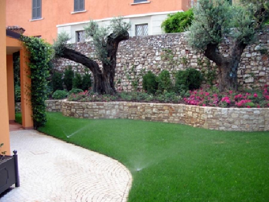 Foto progettazione giardino de di lorenzo giardini 58705 for Giardinieri verona