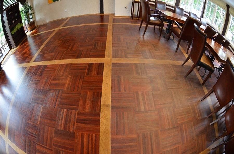 Foto pulizia parquet e verniciatura di spazio parquet snc for Pulizia parquet