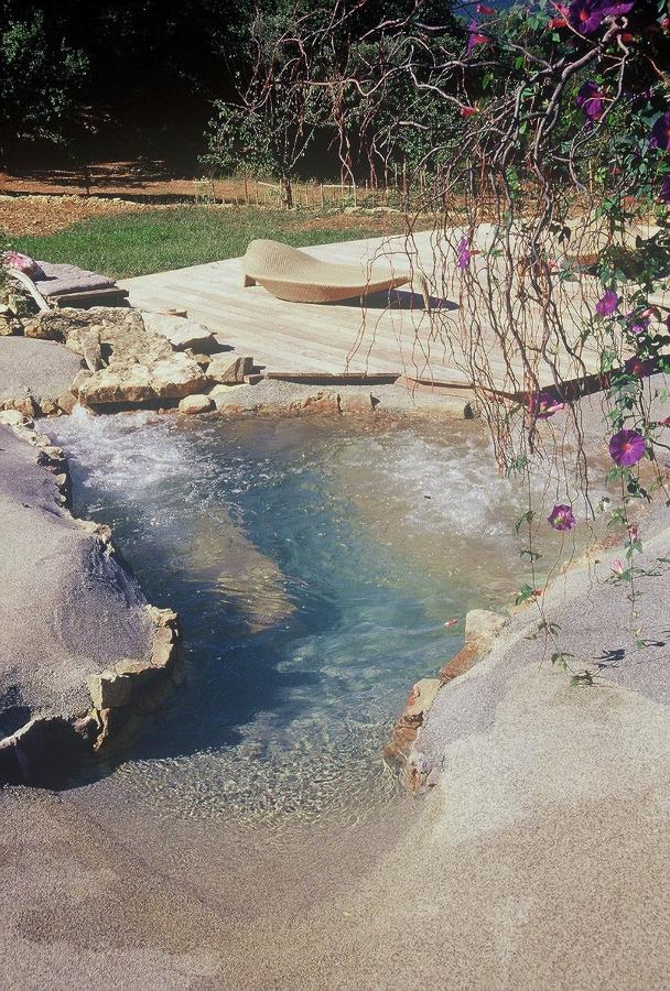 Foto realizzazione di piscina artificiale di parquet for Piscina artificiale