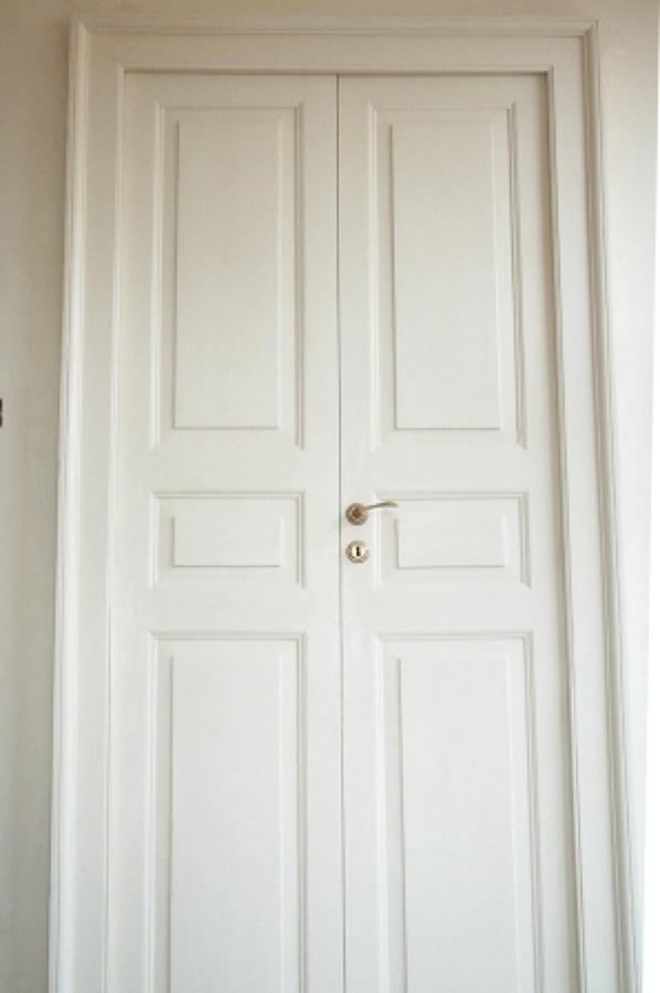 Foto restauro e laccatura porte 1700 di intaglio e - Laccatura porte interne ...