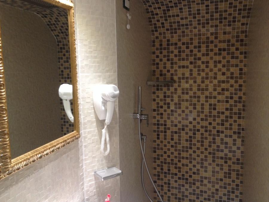 Foto rifacimento bagno 2014 venezia di ikra costruzioni - Rifacimento bagno padova ...