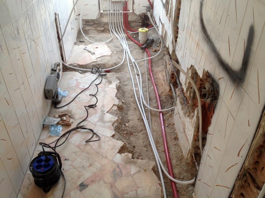 Foto: Rifacimento Bagno con Impianto Idraulico di Imp.edile Totò ...