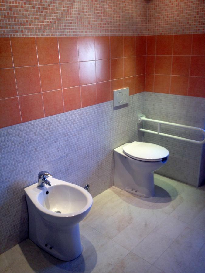 Foto: Rifacimento Bagno Disabili di General Edile #132066 ...