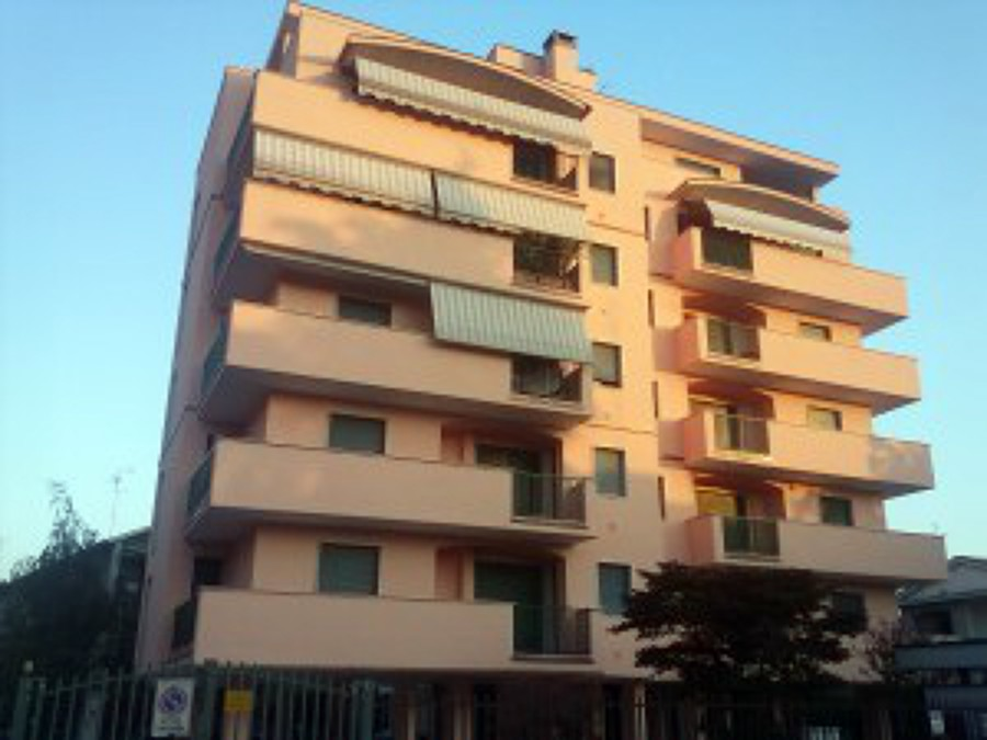 Rifacimento facciata, Via Antonio Mosca - Milano