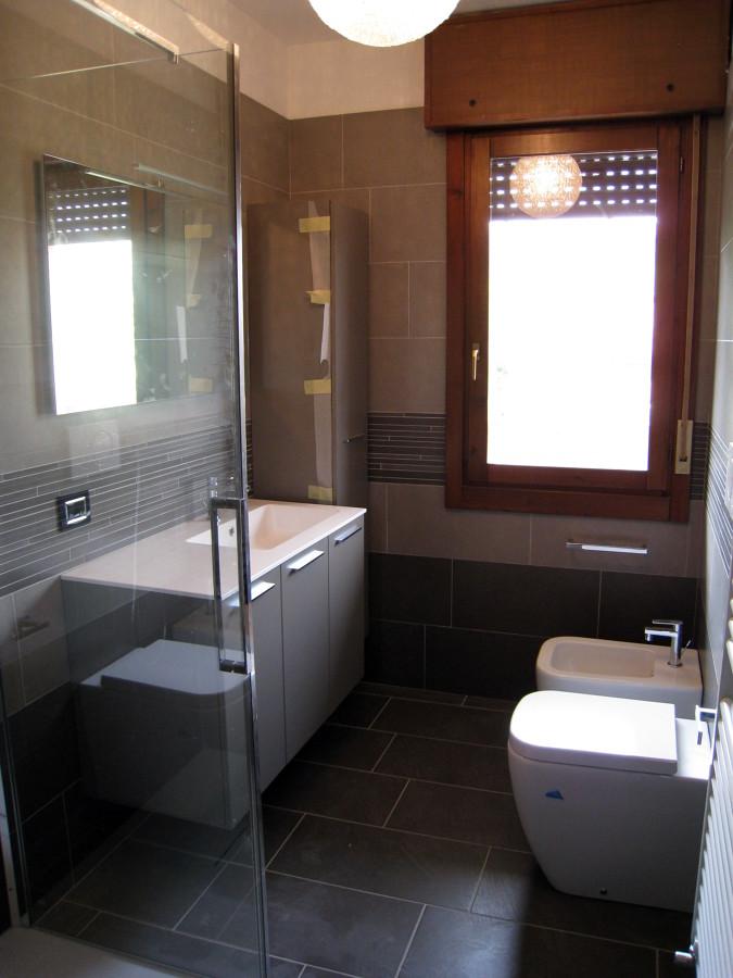 Foto ristrutturazione bagno sanitari filo muro di bioarchitetture 145609 habitissimo - Sanitari bagno filo muro ...