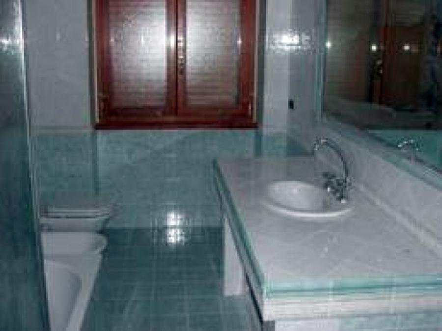 Foto ristrutturazione bagno di albacom service 2002 sas - Iva agevolata ristrutturazione bagno ...