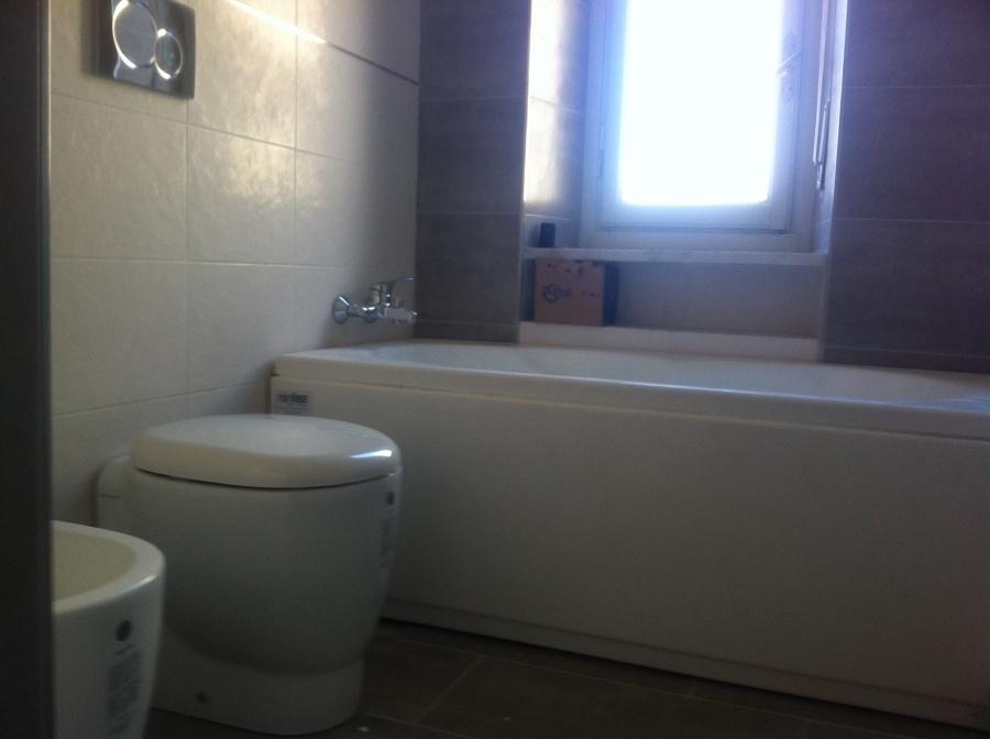 Foto: Ristrutturazione Bagno di Studio Idealcase #169931 ...