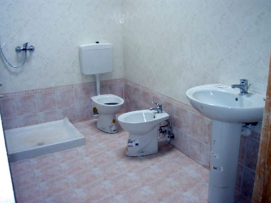 Foto ristrutturazione completa bagno di tecno impianti - Ristrutturazione bagno udine ...