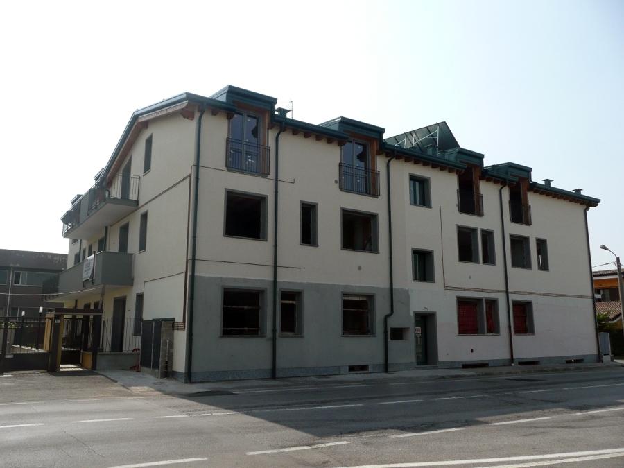 archiMEDA Ristrutturazione completa edificio residenziale 12 unità e box