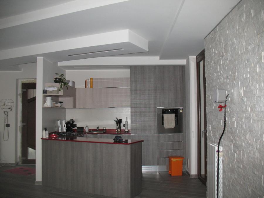 Foto: Ristrutturazione Cucina Soggiorno con Penisola Cartongesso di ...