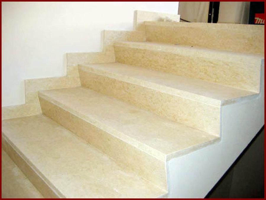 Foto rivestimento marmo per le scale di ro mario 79497 - Scale in marmo ...