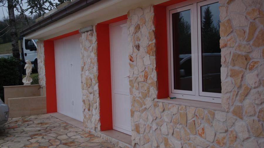 Foto rivestimento parete in pietra spaccata di iacucci massimo 167979 habitissimo for Rivestimento parete interna
