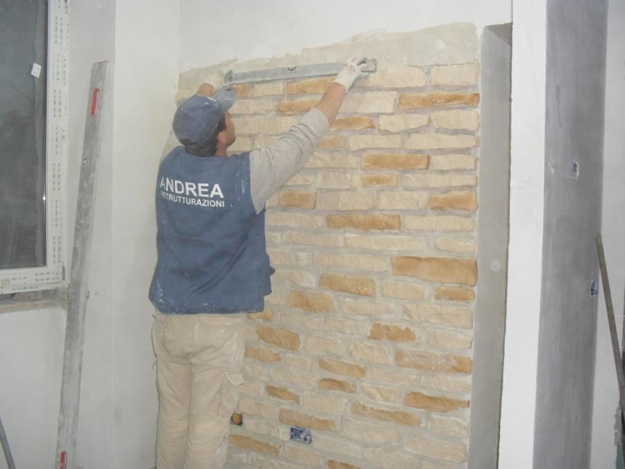 Foto rivestimento parete pietra lavica biologica di lavori edili di marchese salvatore 213906 - Rivestimento parete camera da letto ...