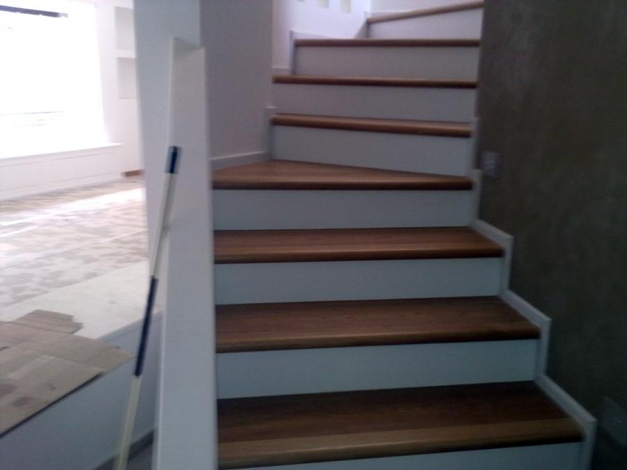 Foto rivestimento scale di ditta paolo giuliano pavimenti in legno parquet 94775 habitissimo - Rivestimento in legno per scale ...