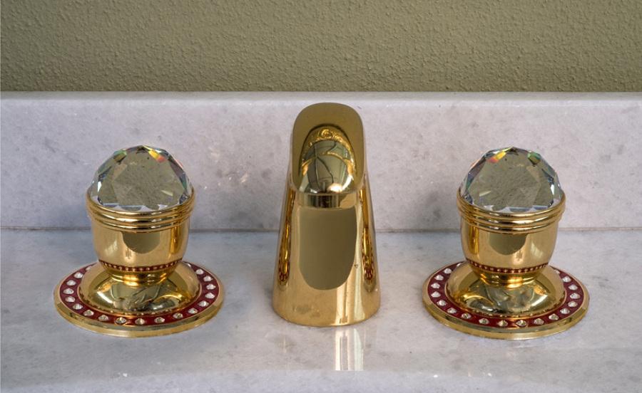 Foto rubinetti per lavabo bagno di casa in srl 355603 for Rubinetti per lavabo