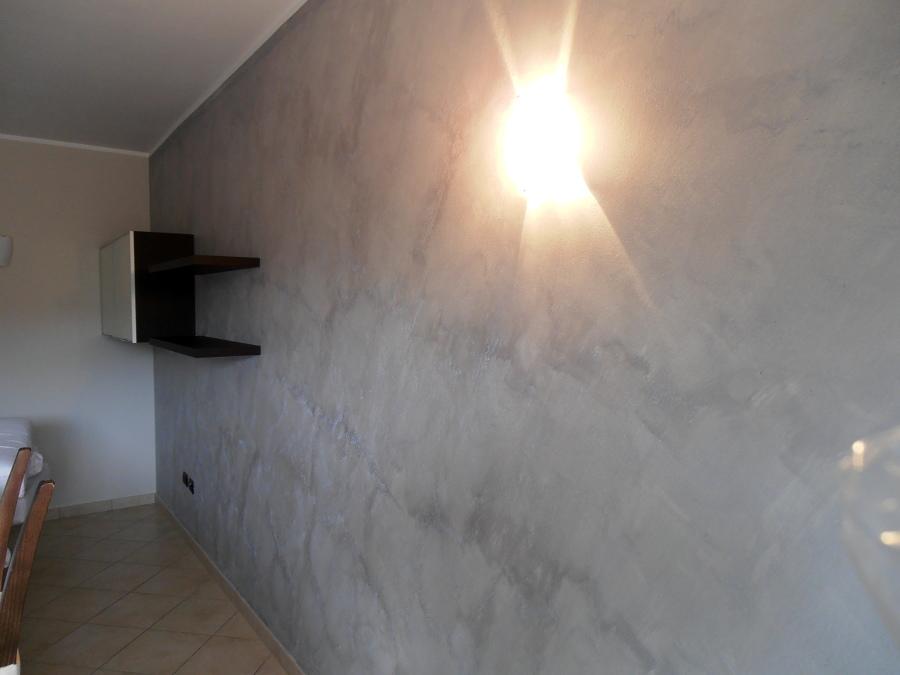 Foto sabbiato naxos argento metallizzato di fantacolor for Pittura sabbiata pareti