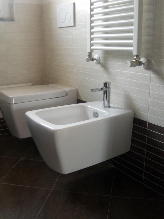 foto sanitari e rubinetterie per bagni de icis 134627