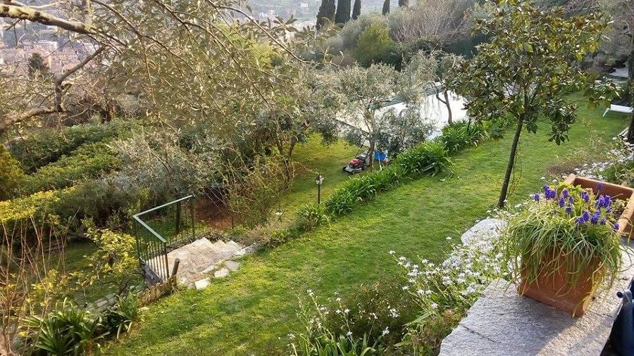 Foto manutenzione villa san lorenzo di afr di alessandro for Giardinieri genova