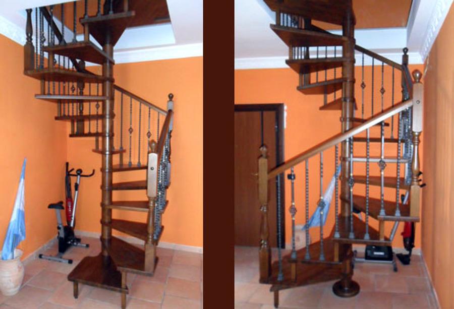 Foto scala a chiocciola quadrata di artiscala 94039 - Scale a chiocciola roma ...