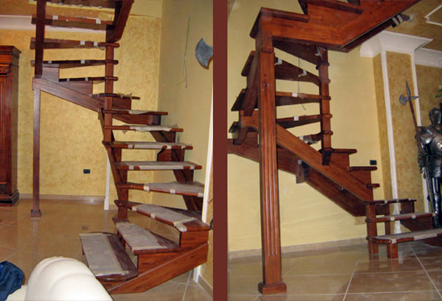Foto scala a giorno in legno massello de artiscala 94027 - Immagini scale in legno ...