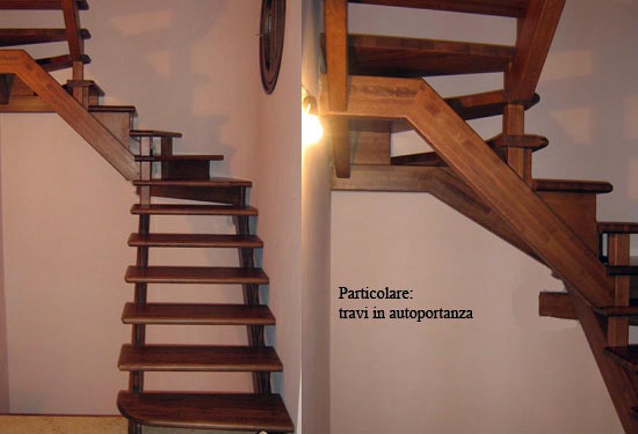 Foto scala a giorno in legno massello di artiscala 94030 - Immagini scale in legno ...