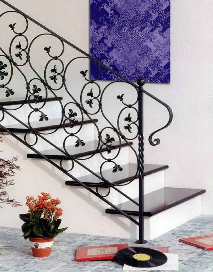 Foto scala in ferro da interni di r v ditta individuale - Disegni di scale interne ...