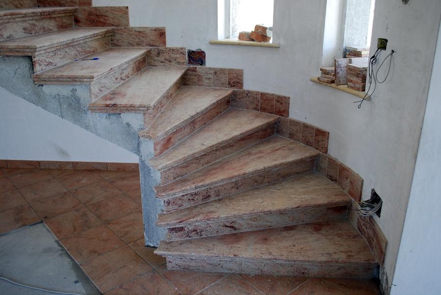 Foto scala in granito anticatodo di modaffari marmi e graniti snc 123652 habitissimo - Granito per scale ...