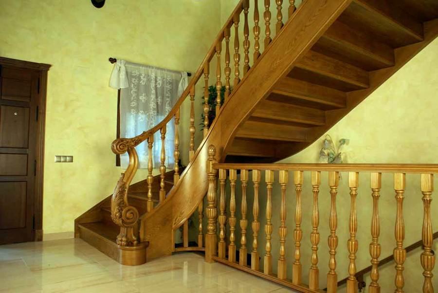 Foto scala ringhiera e corrimano di milazzo antonio - Immagini scale in legno ...