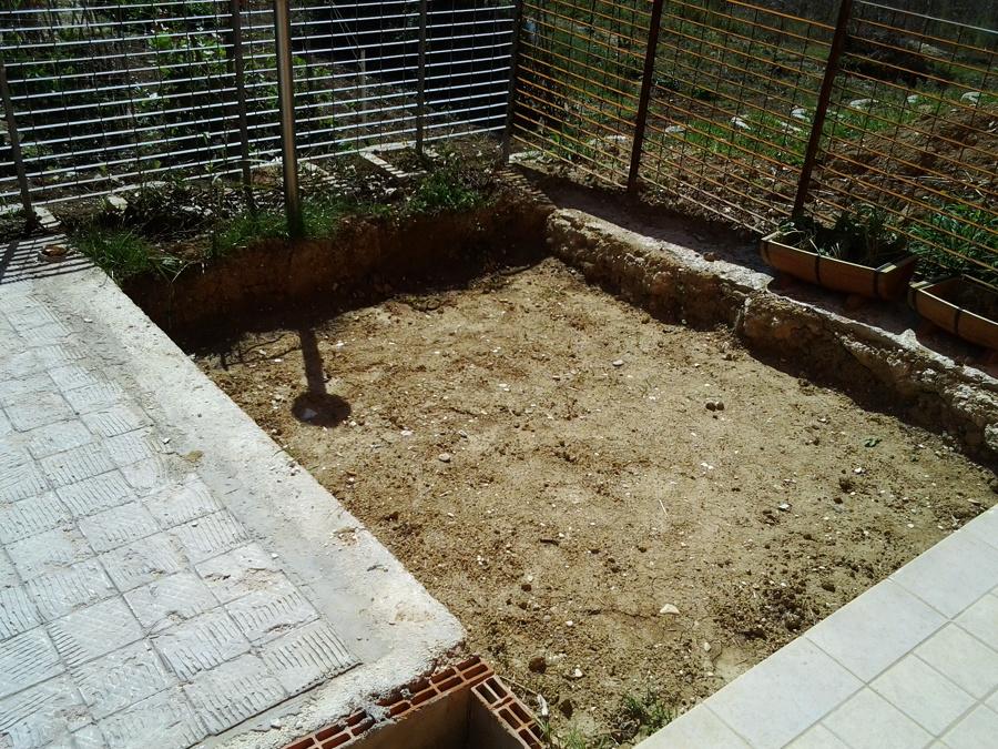 scavo per giardino