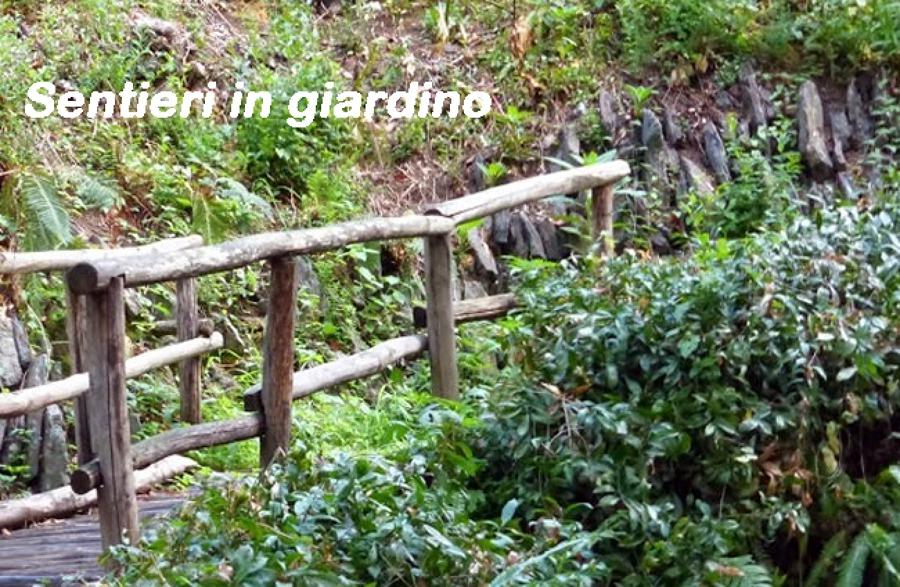 Sentieri in giardino