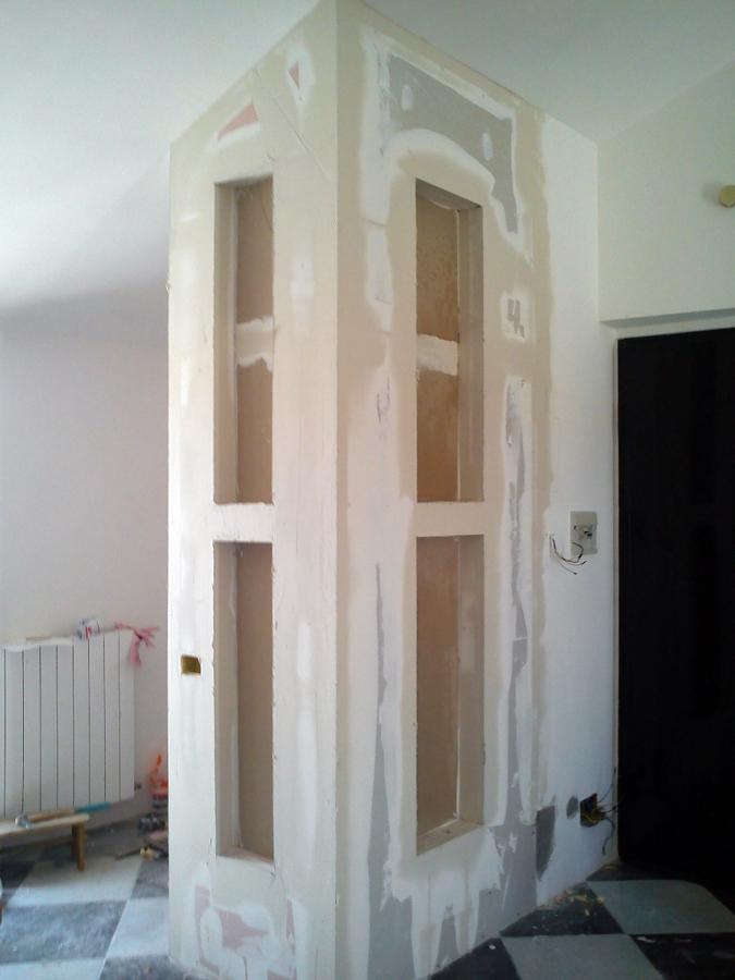 Foto separe tra angolo cucina e soggiorno di colarieti dario luis 97228 habitissimo - Separazione cucina soggiorno ...