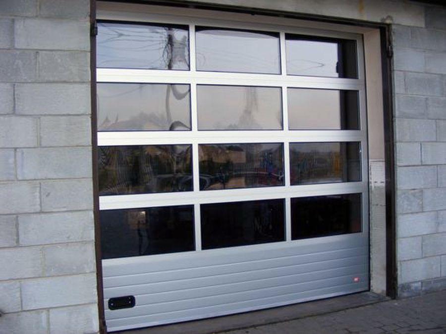 Foto serranda garage operainfissi di fabbrica infissi for Progetta i tuoi piani di garage gratis