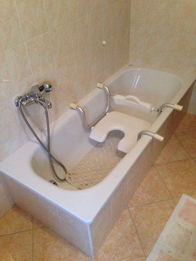 Foto sopralluogo per sostituzione vasca da bagno di - Foto vasca da bagno ...