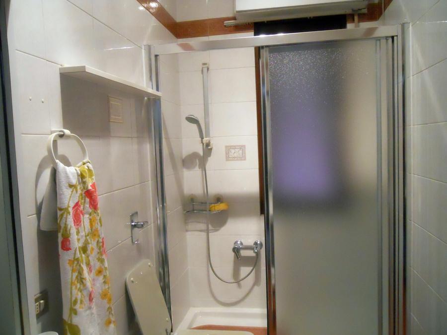 Foto sostituzione vasca con doccia di arredobagno e - Sostituzione vasca in doccia ...