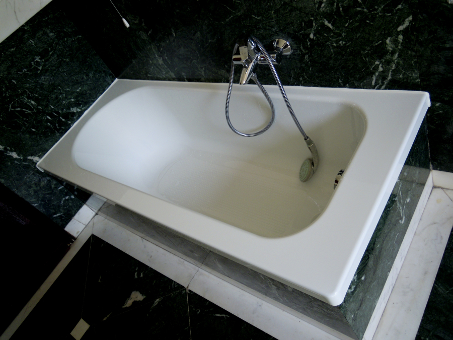 Sostituzione vasca da bagno idee di design per la casa - Sostituire la vasca da bagno ...