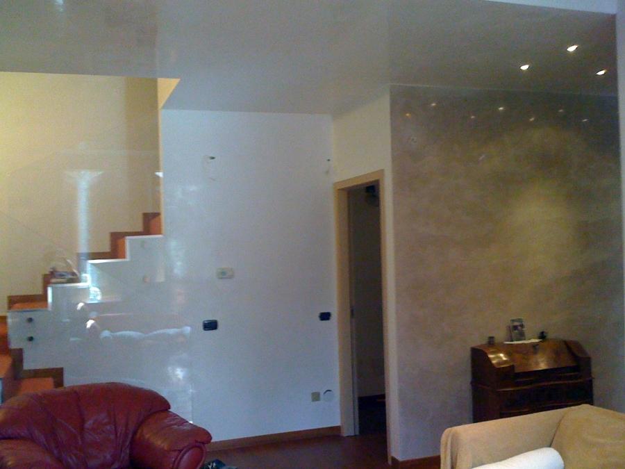 Foto spatolato lucido stucco veneziano de imbiancature for Idee casa stucco