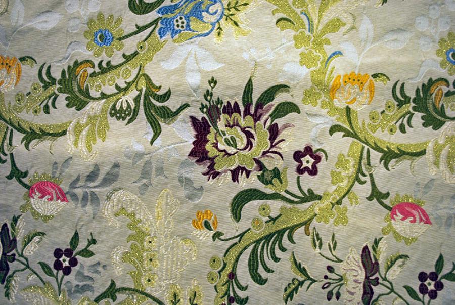 Foto stoffa broccato di tappezzeria rocchetti 114493 for Divani in stoffa