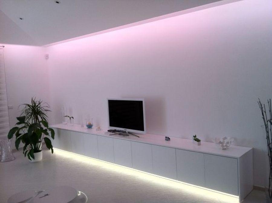 Foto strip led a luce calda di luceled pro srl 46093 for Led luce calda